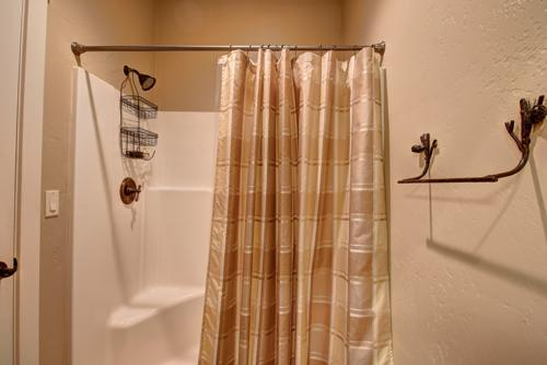 Property Photo 33